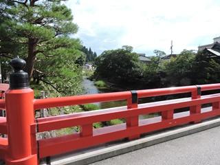 飛騨高山の古い町並み「さんまち」めぐり:江戸時代からの町屋が続く ...
